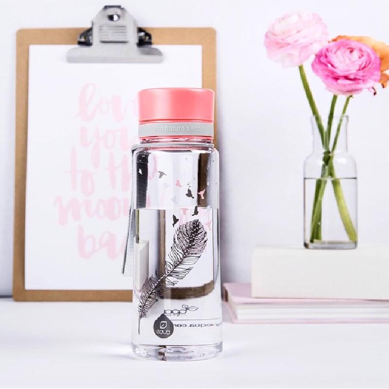 bouteille sans bisphénol-A pour véhiculer l'eau de façon saine et durable