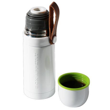 Gourde thermos blanche, design et fonctionnelle