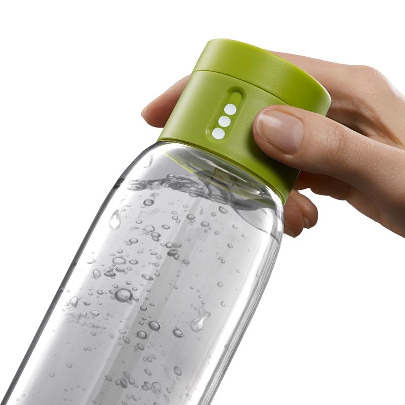 Dot, une bouteille d'eau qui mesure votre consommation