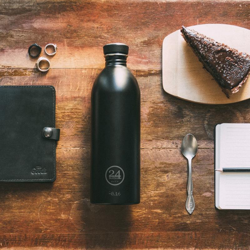 Gourde réutilisable 24 Bottles, design et légère