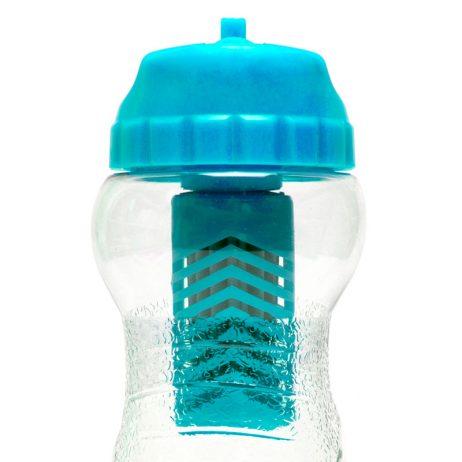 bouteille filtrante design water to go, pour de l'eau potable partout