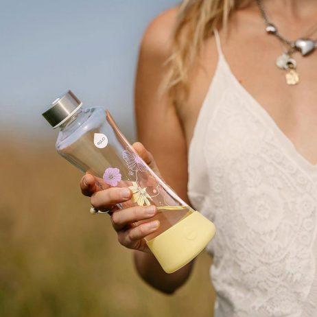 gourdes verre et design, alternative écologique à la bouteille d'eau plastique