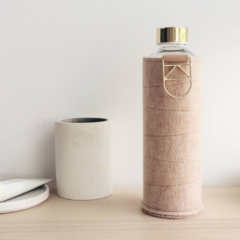 Bouteille en verre avec housse Equa, bouteille réutilisable et design