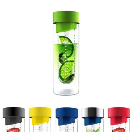 bouteille d'eau en verre avec infuseur