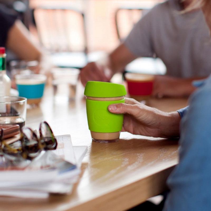 Quelles alternatives aux gobelets jetables pour les entreprises?