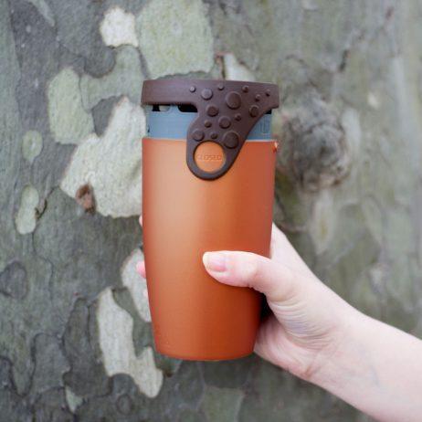 mug avec paille integrée