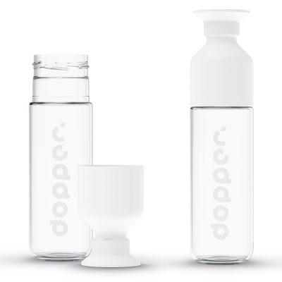 DOPPER GLASS, la gourde en verre de Dopper avec verre à pieds intégré - 400 ml