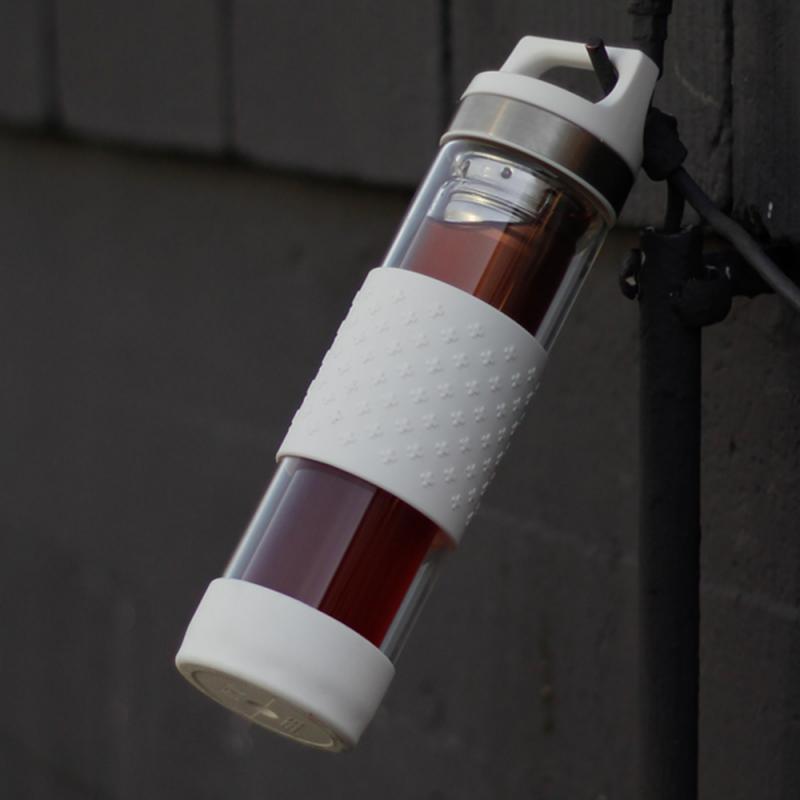 Bouteille Sigg isotherme, design, livrée avec 2 filtres amovibles