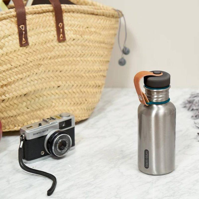 Water bottle, bouteille d'eau en inox de black blum
