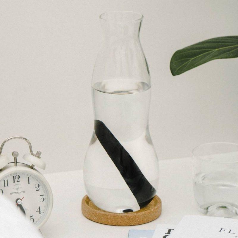 Carafe personnelle avec verre, un carafe d'eau pour usage personnel
