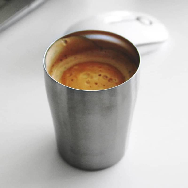 Mug publicitaire isotherme pour le bureau, pour le café, le thé, etc.